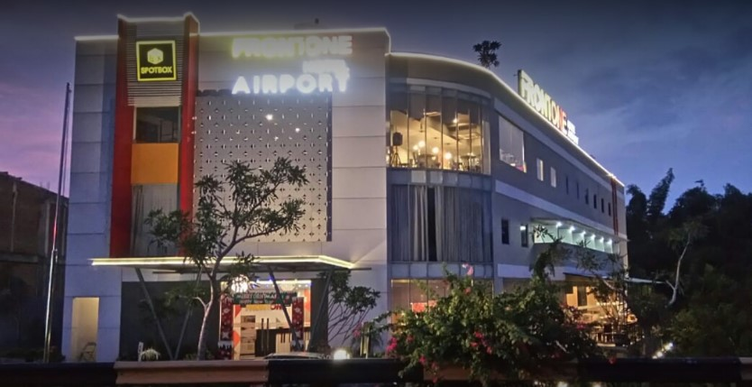 Front One Hotel Airport